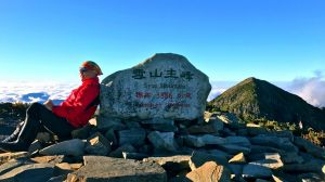 雪東、主、北峰訪翠池,親近聖稜線