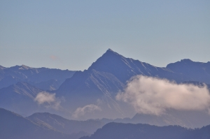山岳之美-合歡主峰野營趣