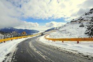 【新聞】入冬後台14甲線合歡山區道路不排除視氣溫及路況隨時管制交通限加掛雪鏈車輛通行或封閉道路
