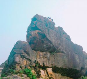 丹鳳山-軍艦岩