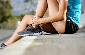 【跑步好影片】舒緩小腿肌 簡易按摩自己做