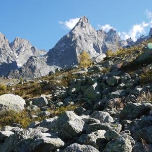 【步道小旅行】針峰高地Plan de l'Aiguille >蒙特維冰河Le Montenvers>霞慕尼Chamonix