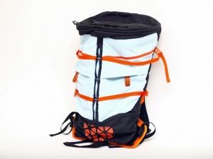 【包測】背包界變形金剛─boreas Bootlegger 組合三用背包
