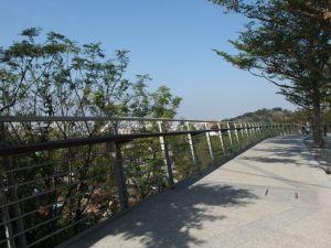 鰲峰山--牛罵頭遺址‧玉帶橋‧運動公園