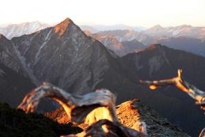 山岳之美 南湖大山
