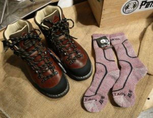 【裝備】如何選擇合適的登山襪?