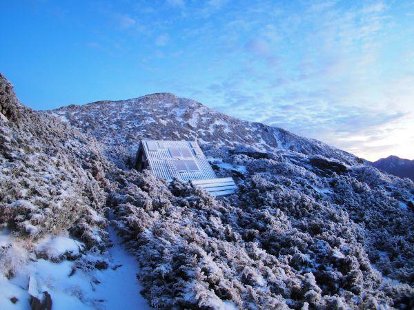 雪季 圓峰山屋 三叉峰
