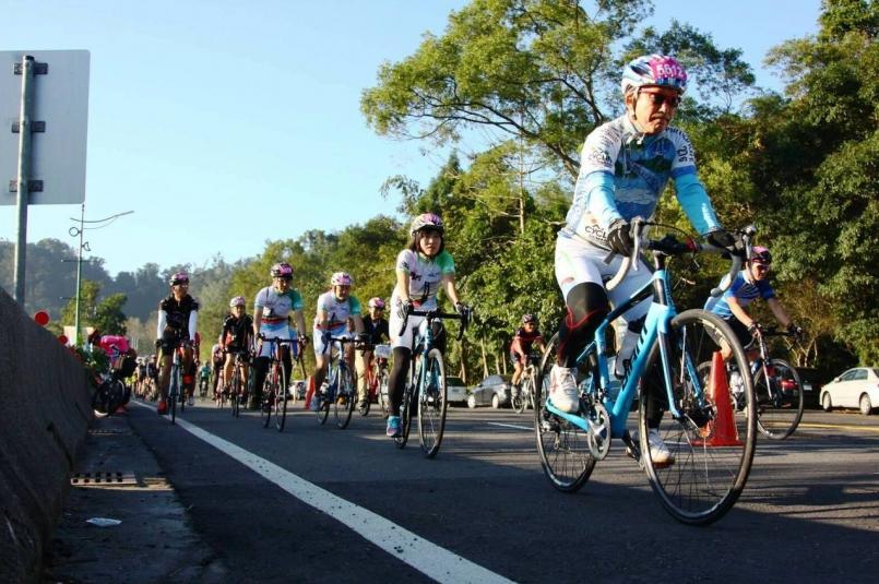 日月潭環湖公路曾獲得CNNGO票選為全球十大最美自行車道,自行車活動非常受到運動...