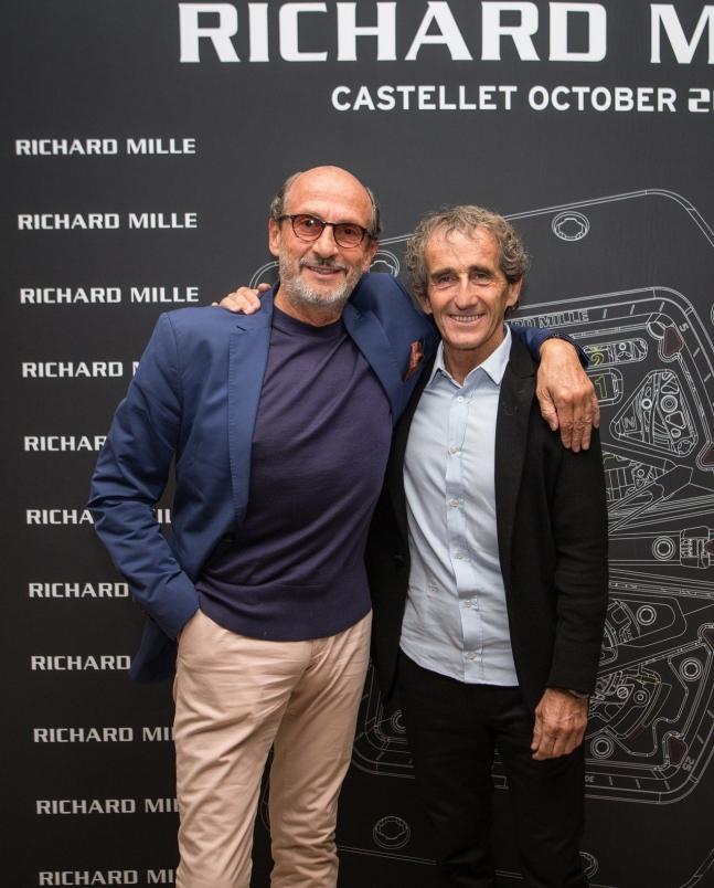 Richard Mille先生(左)為其偶像Alain Prost(右),打造出...